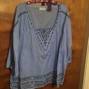 Ladies pullover blouse